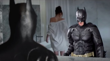Batman dans 50 Nuances de Grey ?